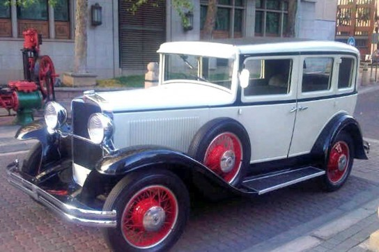 1--1931-Hup-Mobile-(Ivory)