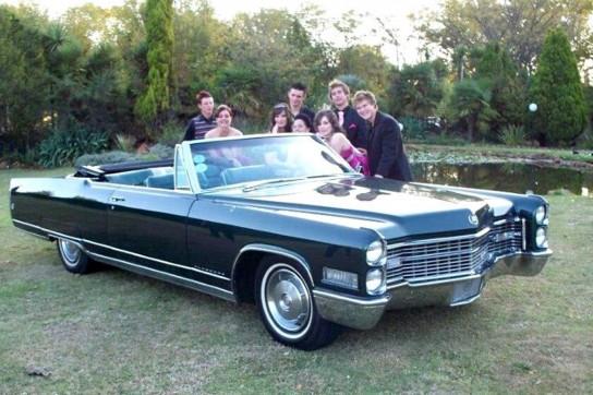 15-1966-Cadillac-convertible-(Dark-green)
